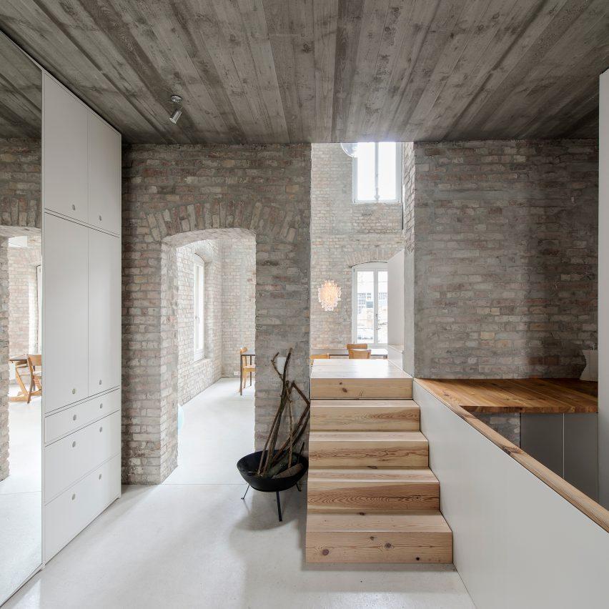 muellerhaus-asdfg-architekten-residential-mill-conversion-metzerstrasse-berlin_dezeen_sq