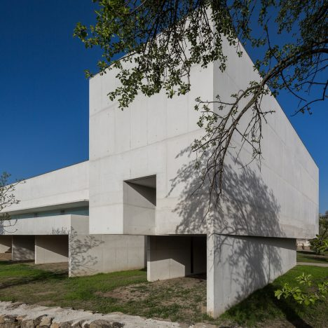 Álvaro Siza Vieira uses white concrete for Nadir Afonso Foundation in northern Portugal