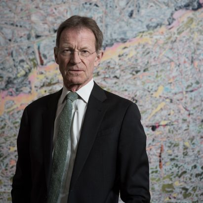 Nicholas Serota steps down as director of the Tate Modern