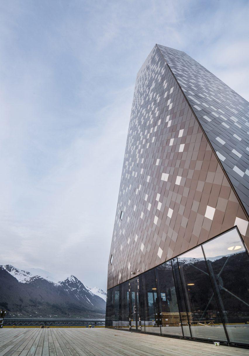 Norwegian Mountaineering Center by Reiulf Ramstad Arkitekter
