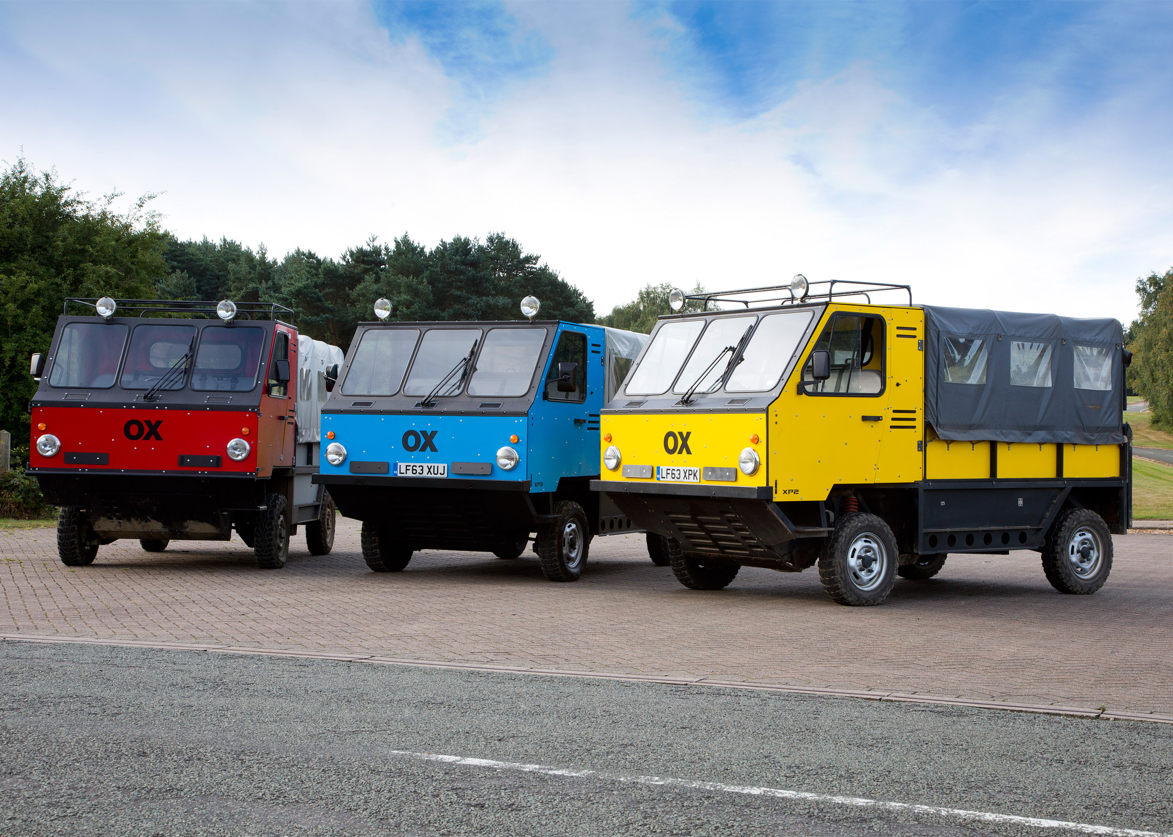 """""""World's first"""" flat-pack truck designed to deliver aid to developing countries"""