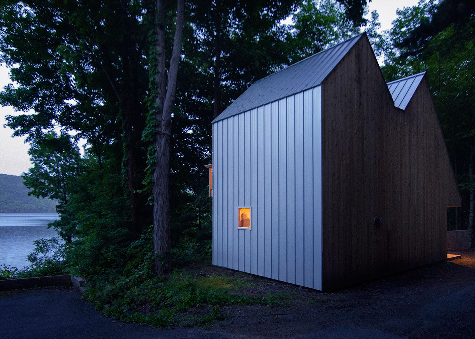 Polygon Studio by Jeffery Poss and Workus Studio
