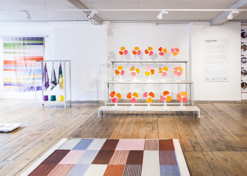 Blend exhibition by Raw Color at Aram Gallery