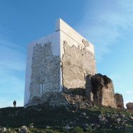 Carquero Arquitectura restores ancient Matrera Castle with contemporary elements