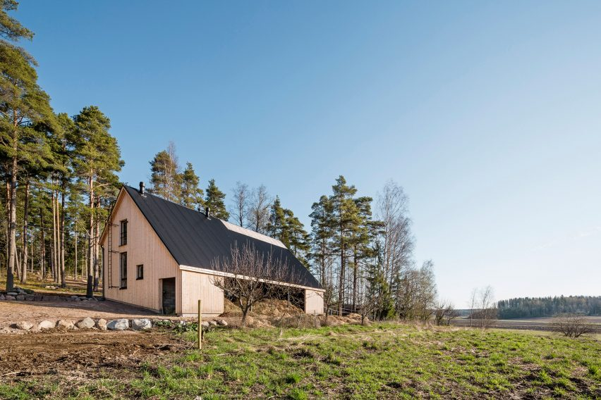 Stable Kekkapää by Pook Architects