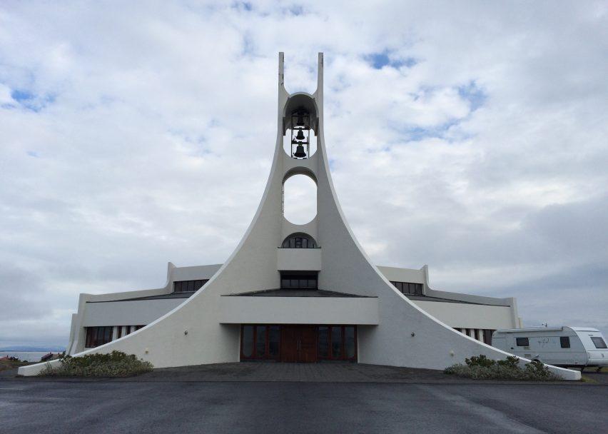 Stykkishólmskirkja by Jón Haraldsson, 1990