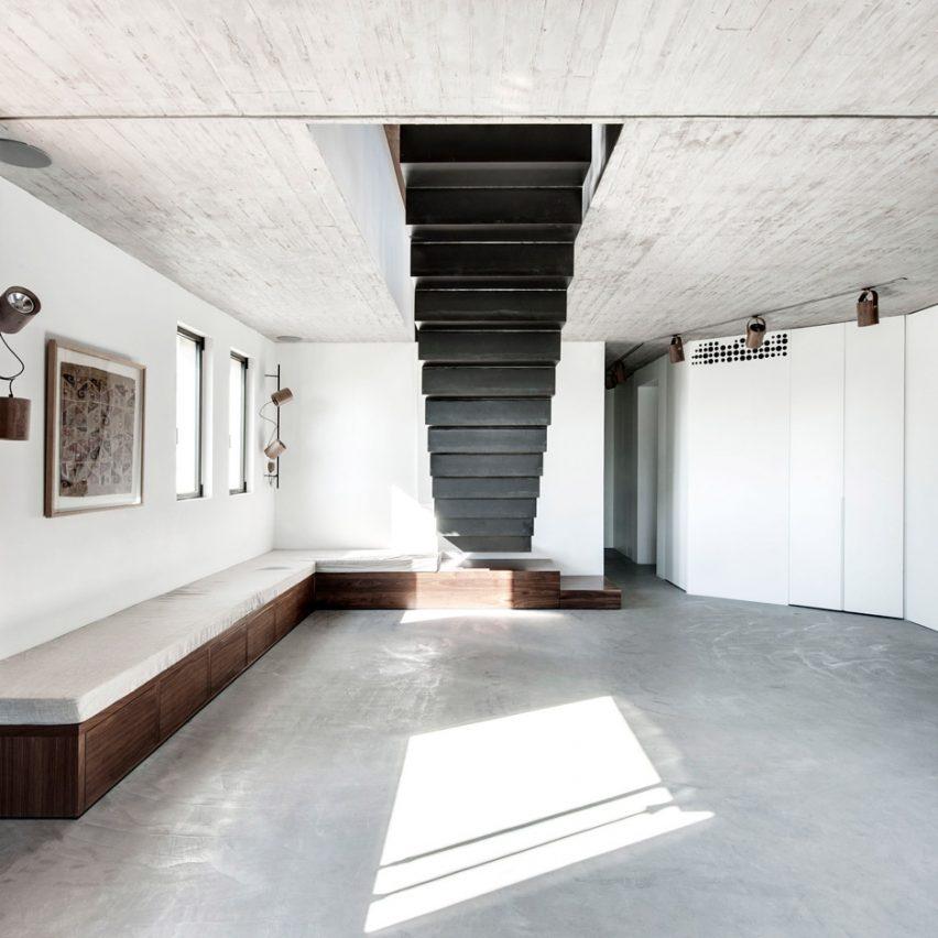 tel-aviv-house-gabrielle-toledano-interior-design_dezeen_sq1