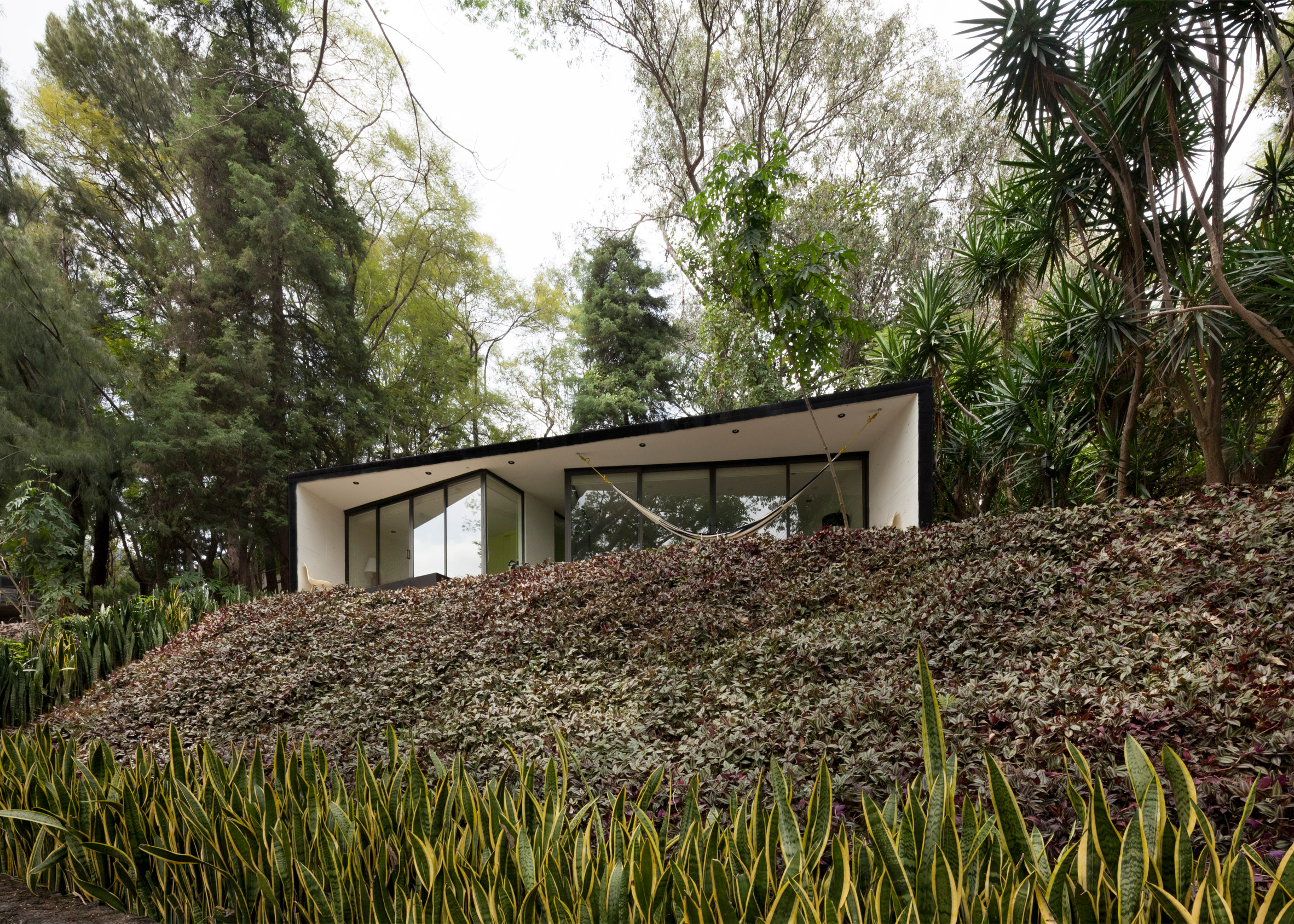 Tepoztlán Bungalow by Cadaval Sola-Morales