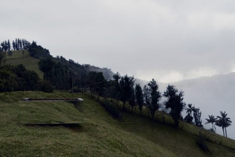 Mirrored viewing platform by Natura Futura is disguised against the Ecuadorean landscape