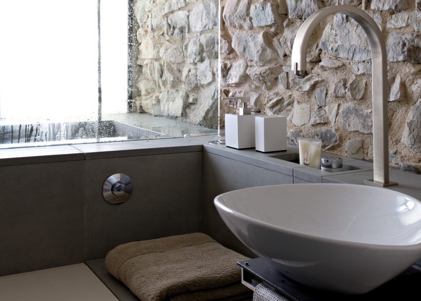 Torre di Moravola features in Dezeen's Pinterest bathroom roundup