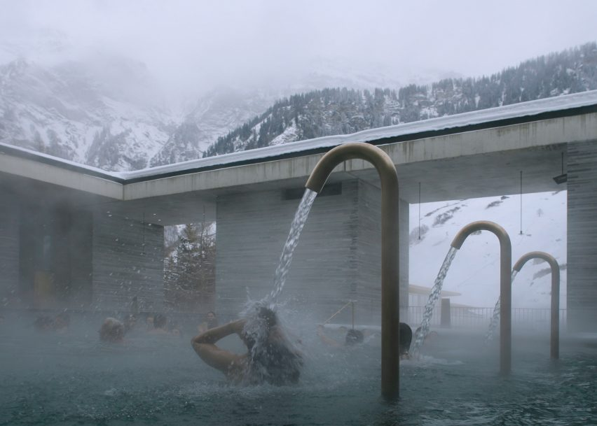 Extrêmement Peter Zumthor's Therme Vals spa photographed by Fernando Guerra HR49