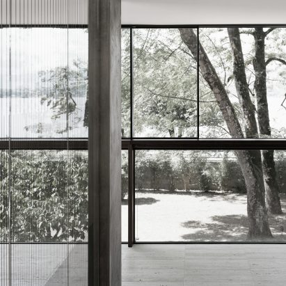 villa-le-lac-by-meyer-architecte-lake-geneva-extension-conversion_dezeen_sqb