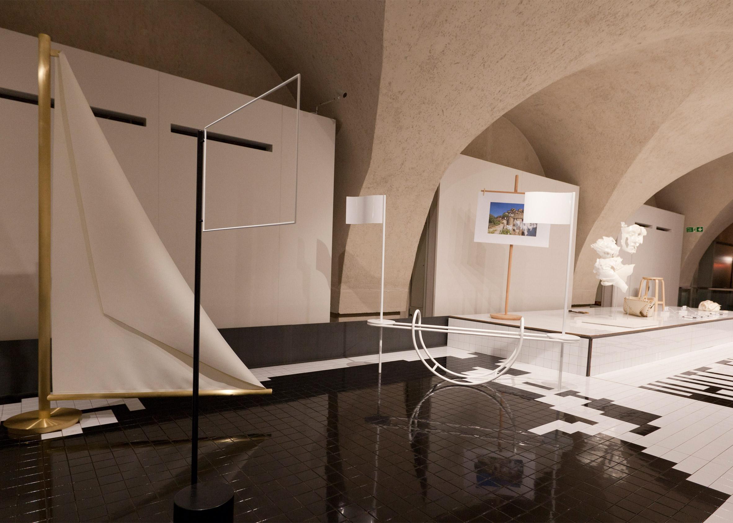 Biennale: White Flag