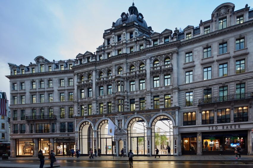 apple-regent-street-foster-partners-london_dezeen_2364_col_0