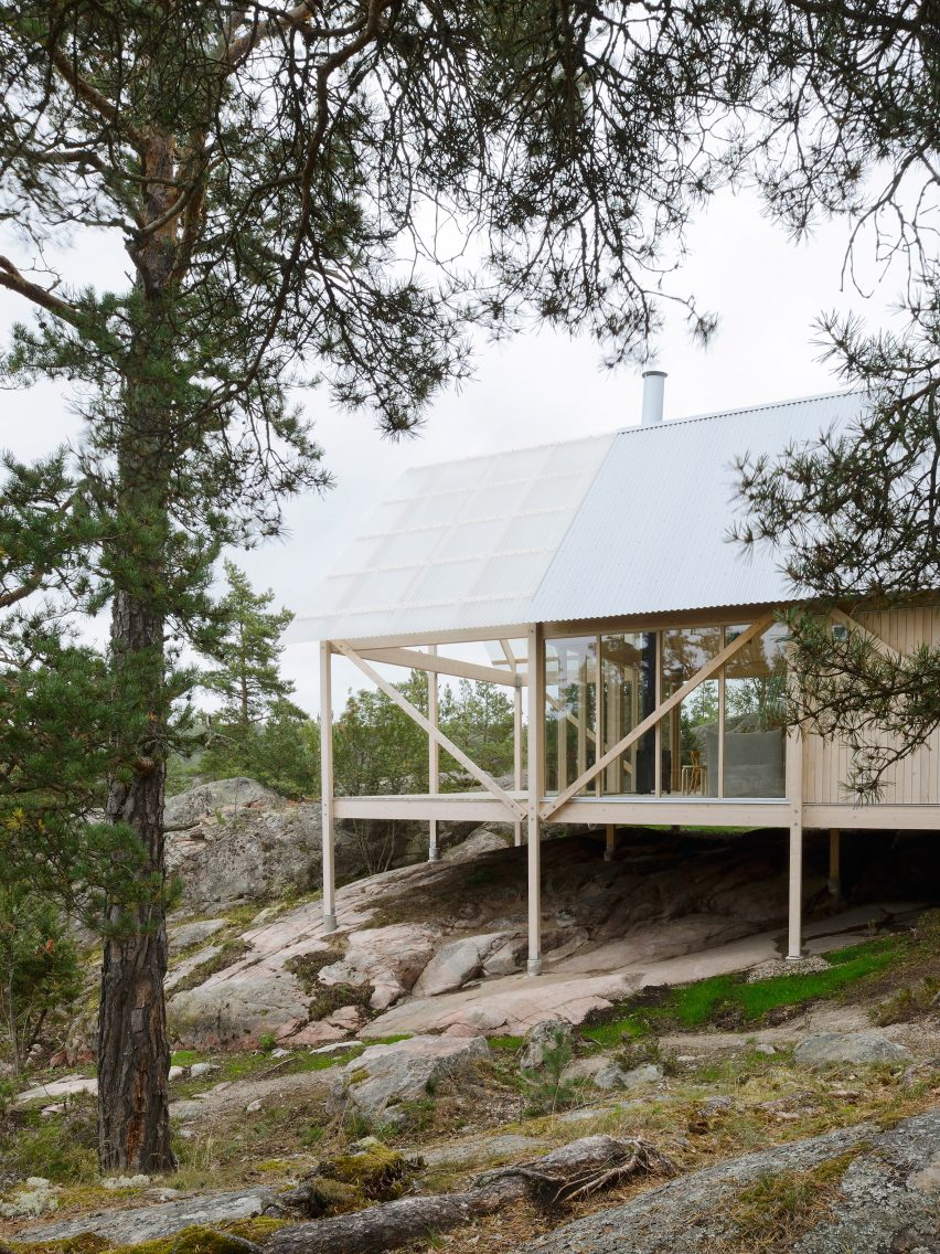 arrhov-frick-johan-arrhov-architecture-residential-stockholm_dezeen_2364_col_6
