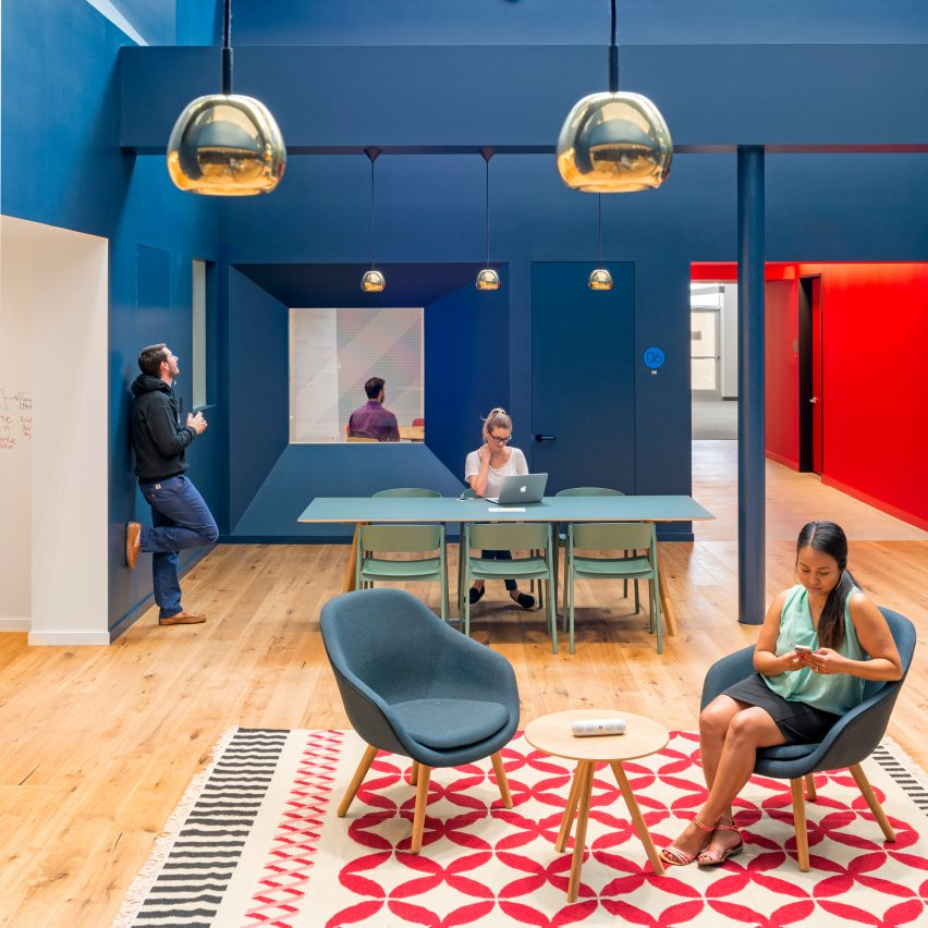beats-by-dre-colourful-headquarters-los-angeles-bestor-architecture-office-interiors-col