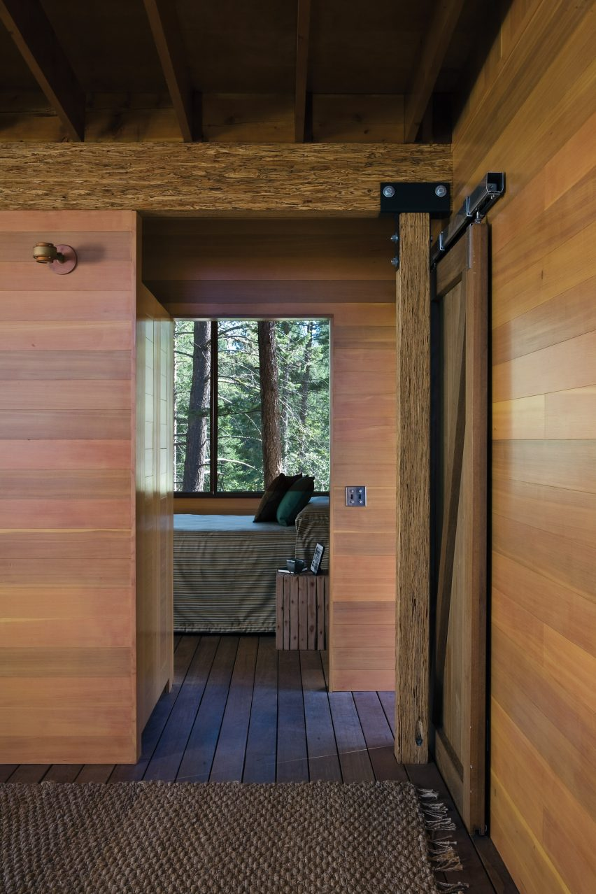 Cabin On Flathead Lake By Anderson Wise Architects