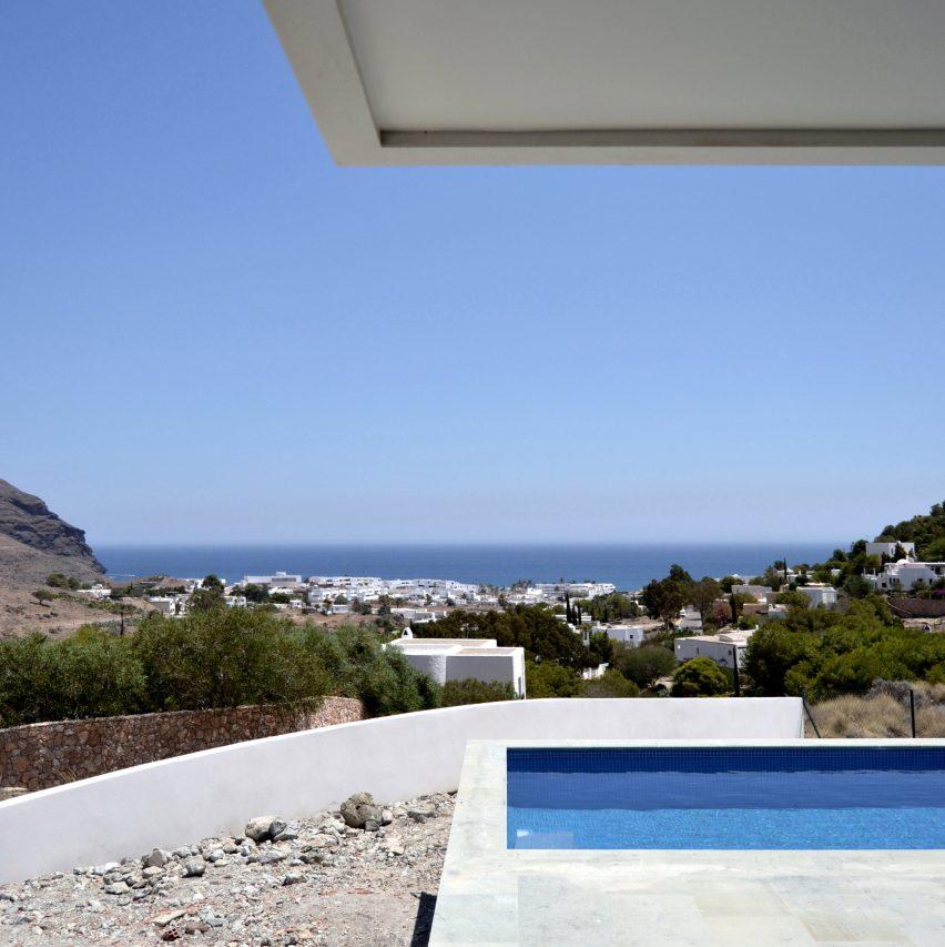 Casa Gallarda by JFGS Architecture