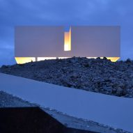 JFGS perches white box atop glass pavilion to create Casa Gallarda