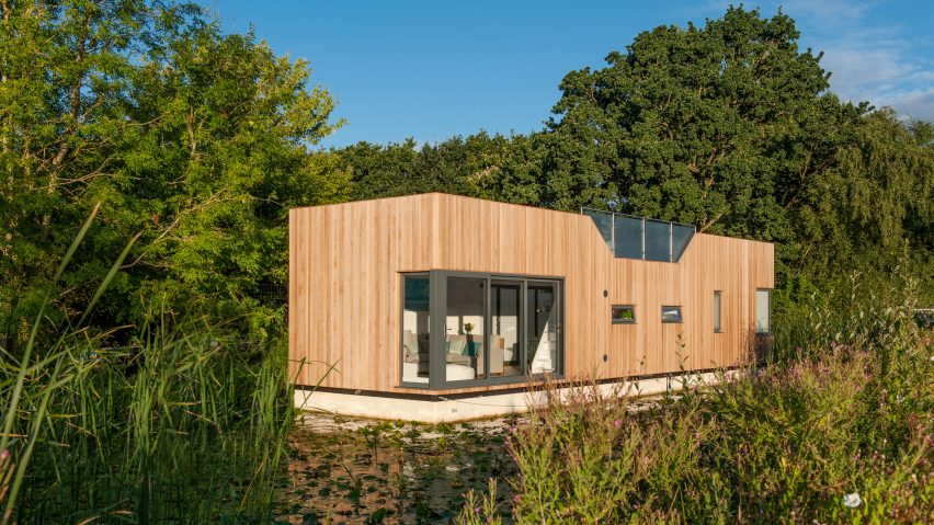 Baca Architects moors modular floating home on Chichester Canal