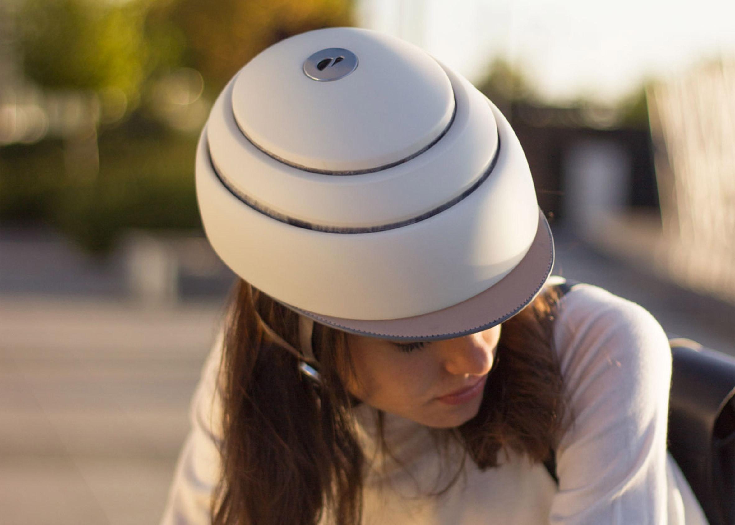 Closca Fuga foldable helmet
