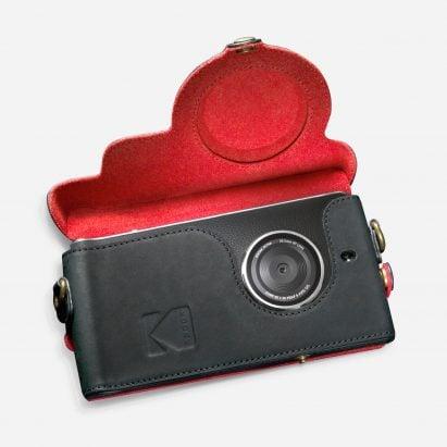 dezeenmail-grey-kodak-ektra-smartphone-eastman-kodak-company-bullitt-group_dezeen_hero