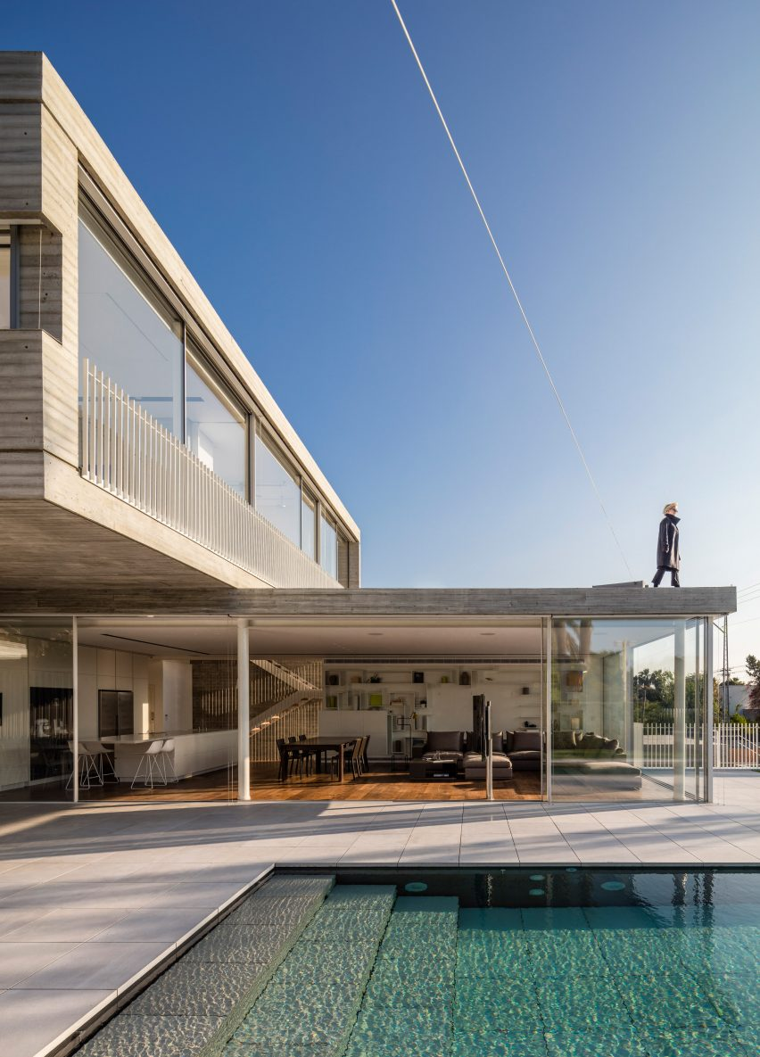 modernist inspired house in tel aviv features a cantilevered upper