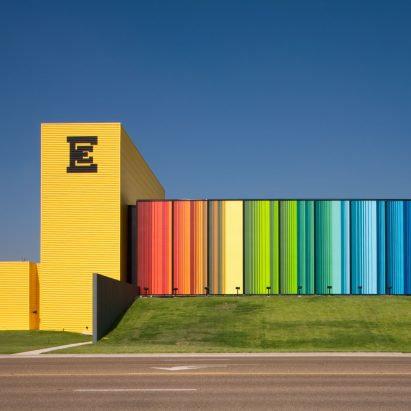 Edcouch-Elsa ISD Fine Arts Center by Kell Muñoz Architects
