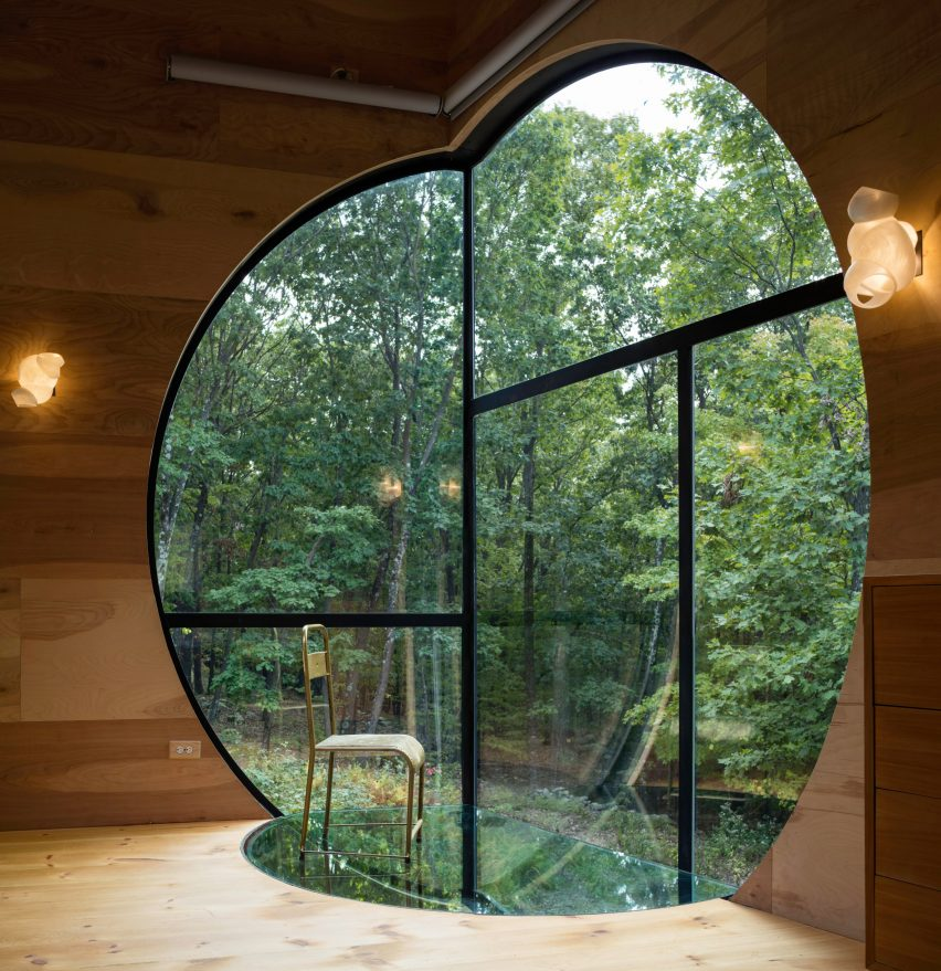 Ex of In House by Steven Holl