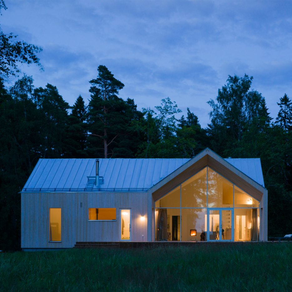timber clad gamla villan by mer architects offers views of