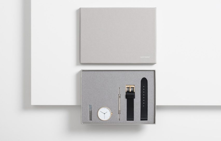 Instrmnt 02 x Dezeen watch