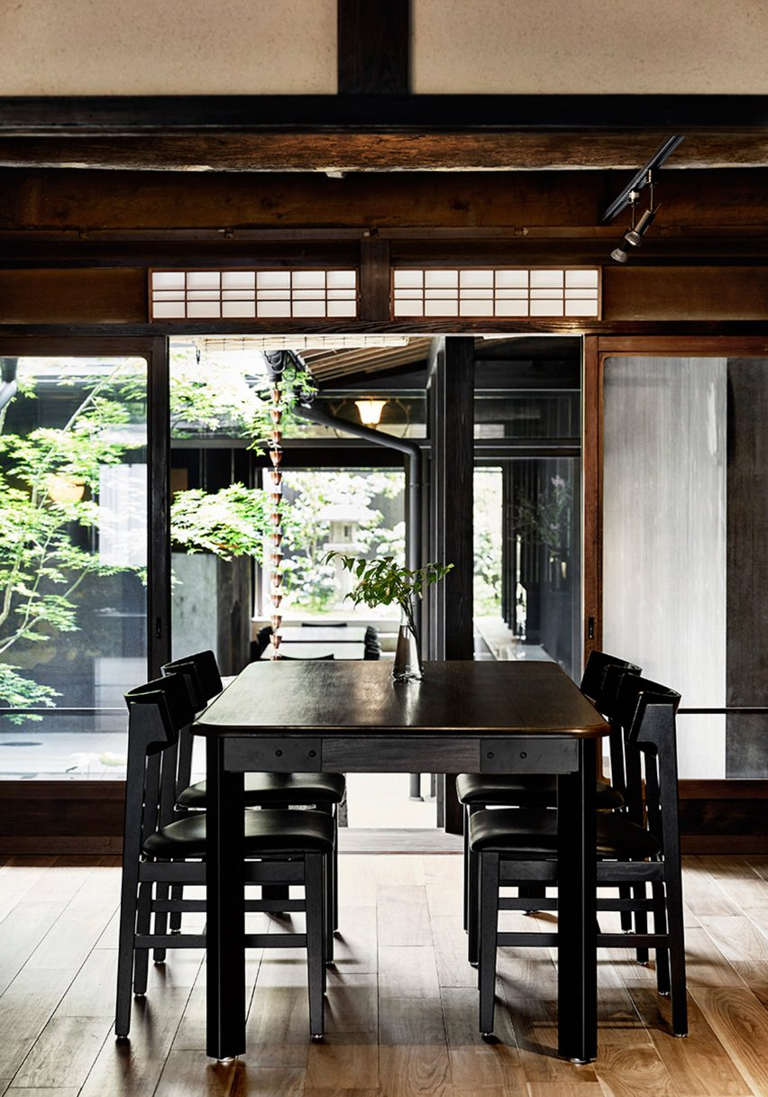 maoyashi-machiya-kyoto-house-uoya-shigenori-japan-architecture-residential_dezeen_2364_col_0
