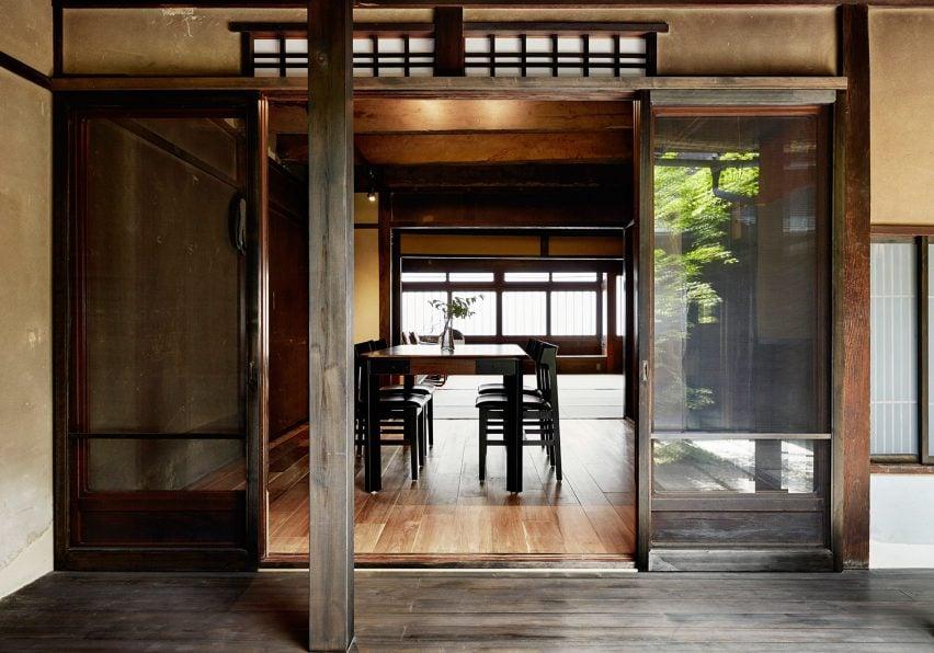 maoyashi-machiya-kyoto-house-uoya-shigenori-japan-architecture-residential_dezeen_2364_col_8