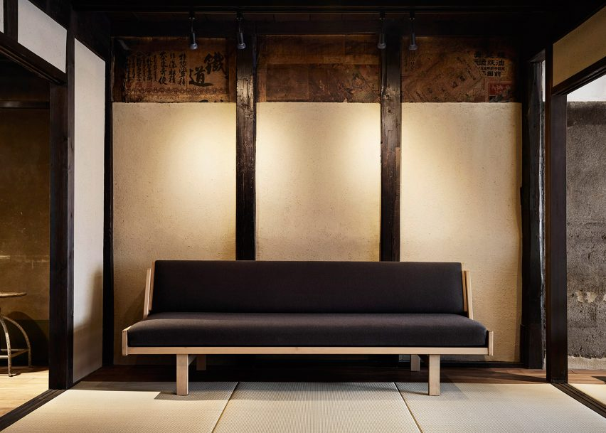 Astounding Guesthouse Opens Inside Revamped Century Old Machiya House Uwap Interior Chair Design Uwaporg