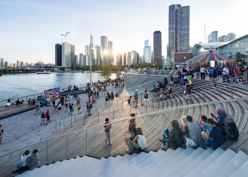 Chicago Navy Pier by James Corner