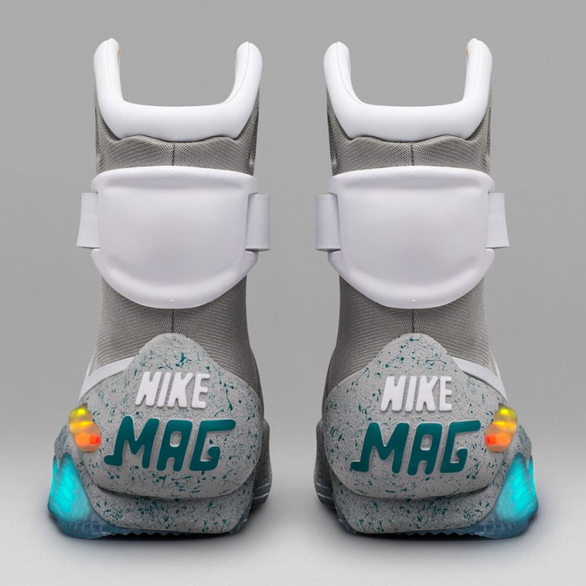 Nike Shoes Self Lace