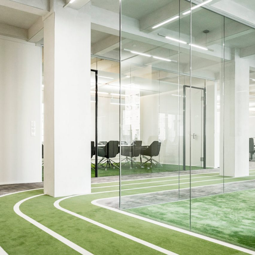 onefootball-hq-tkez-architects-office-interiors-col