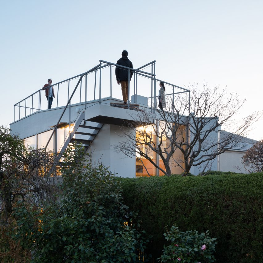 oyamadai-house-front-office-architecture-tokyo-japan-residential_dezeen_sq