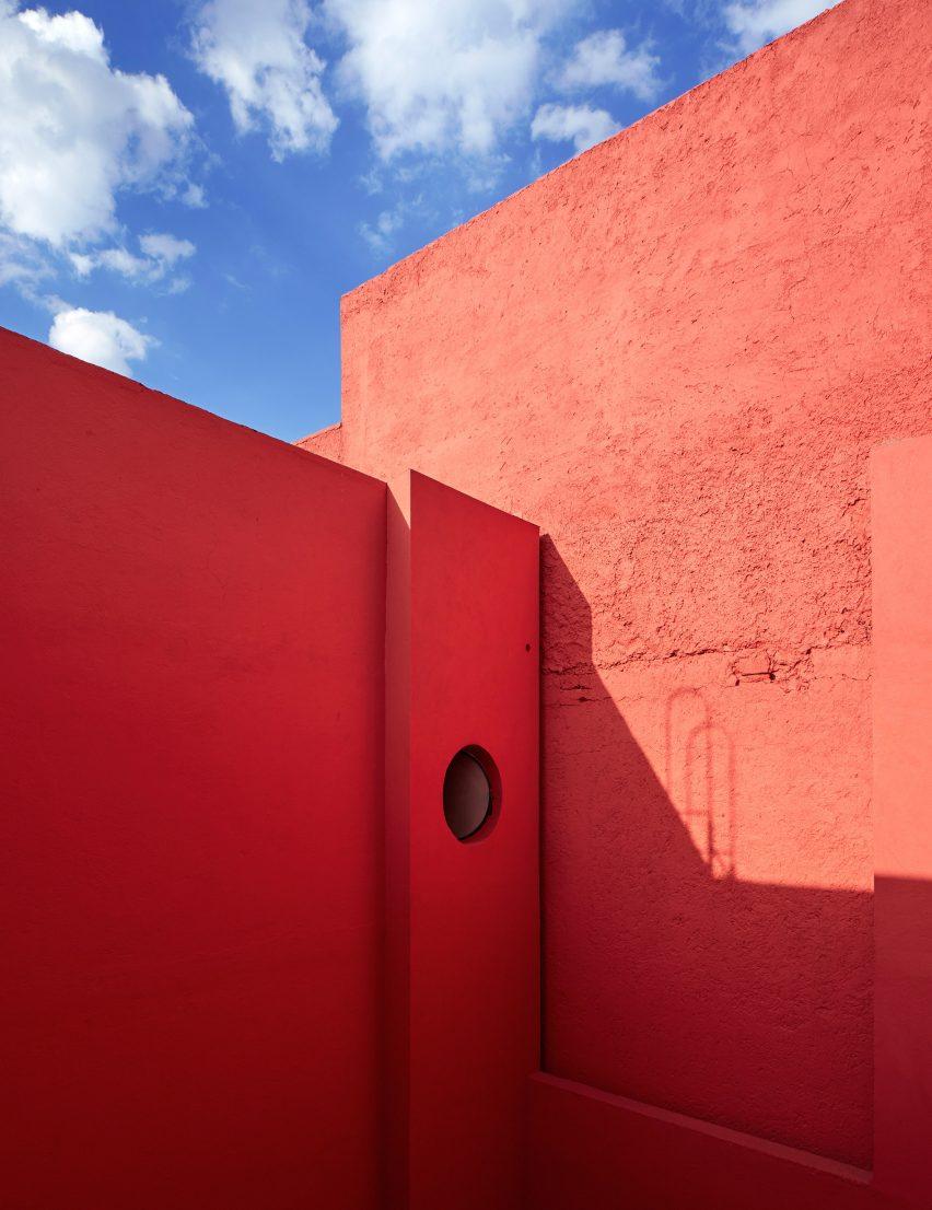 pedro-reyes-house-architecture-mexico-city_dezeen_2364_col_9