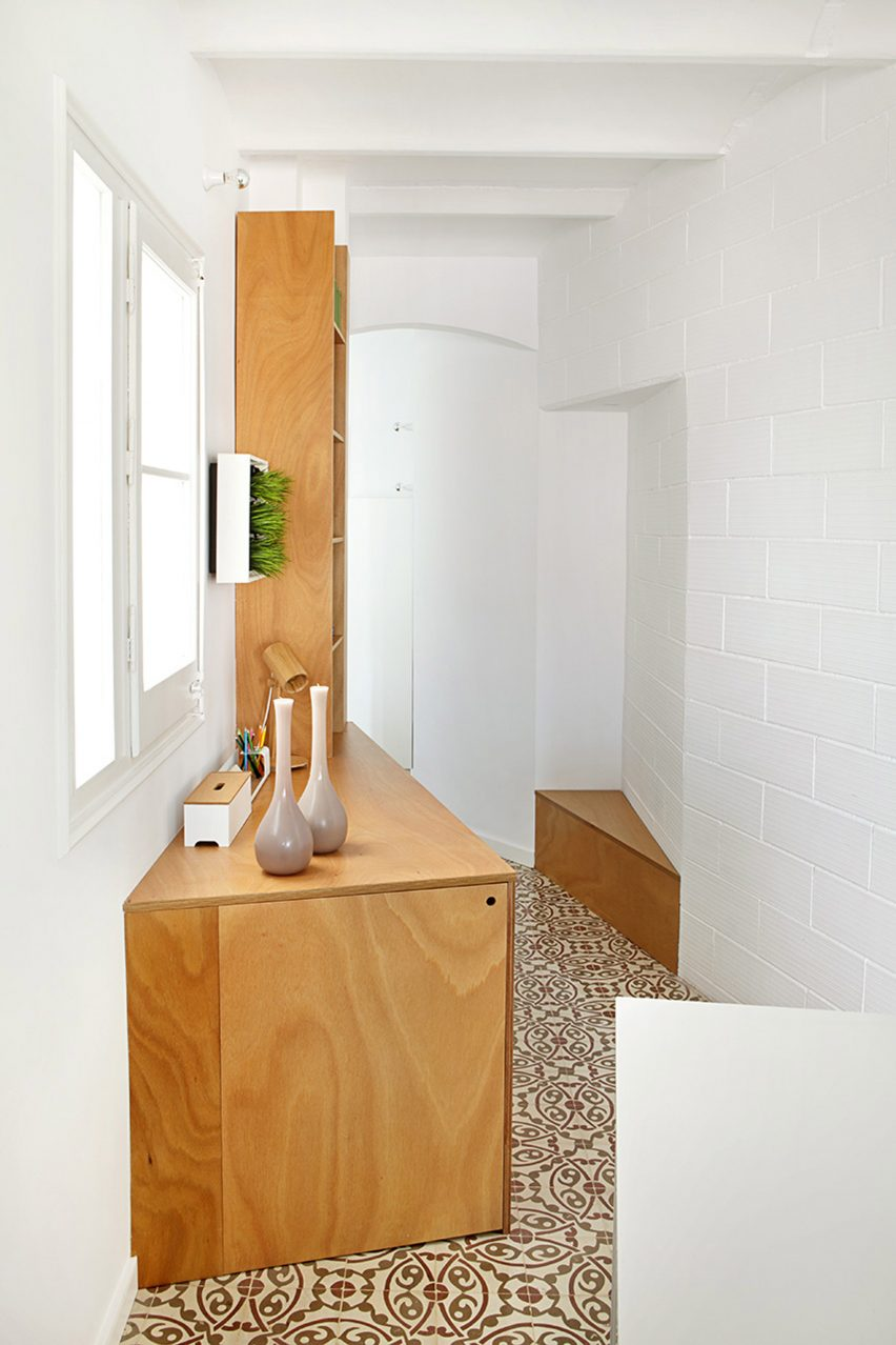 Piso Pereiv44 by Miel Arquitectos