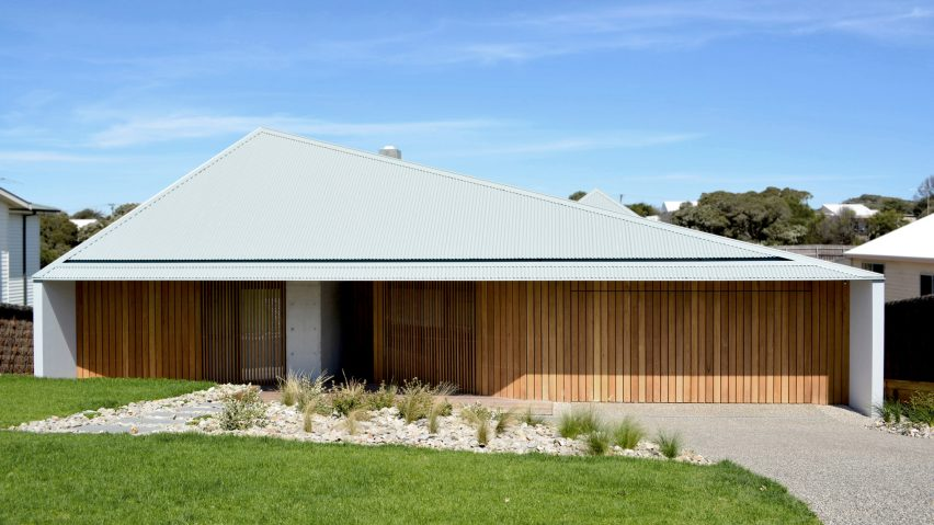 Architecture Houses Australia sorrento house is a modern take on australian seaside architecture