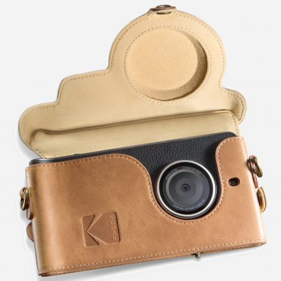 sq-kodak-ektra-smartphone-eastman-kodak-company-bullitt-group_dezeen_sqb