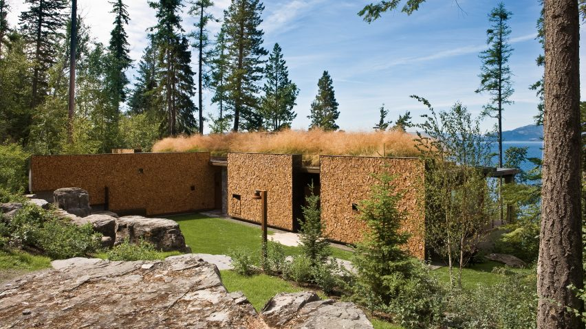 Andersson-Wise creates Montana cabin with cordwood walls and green roof