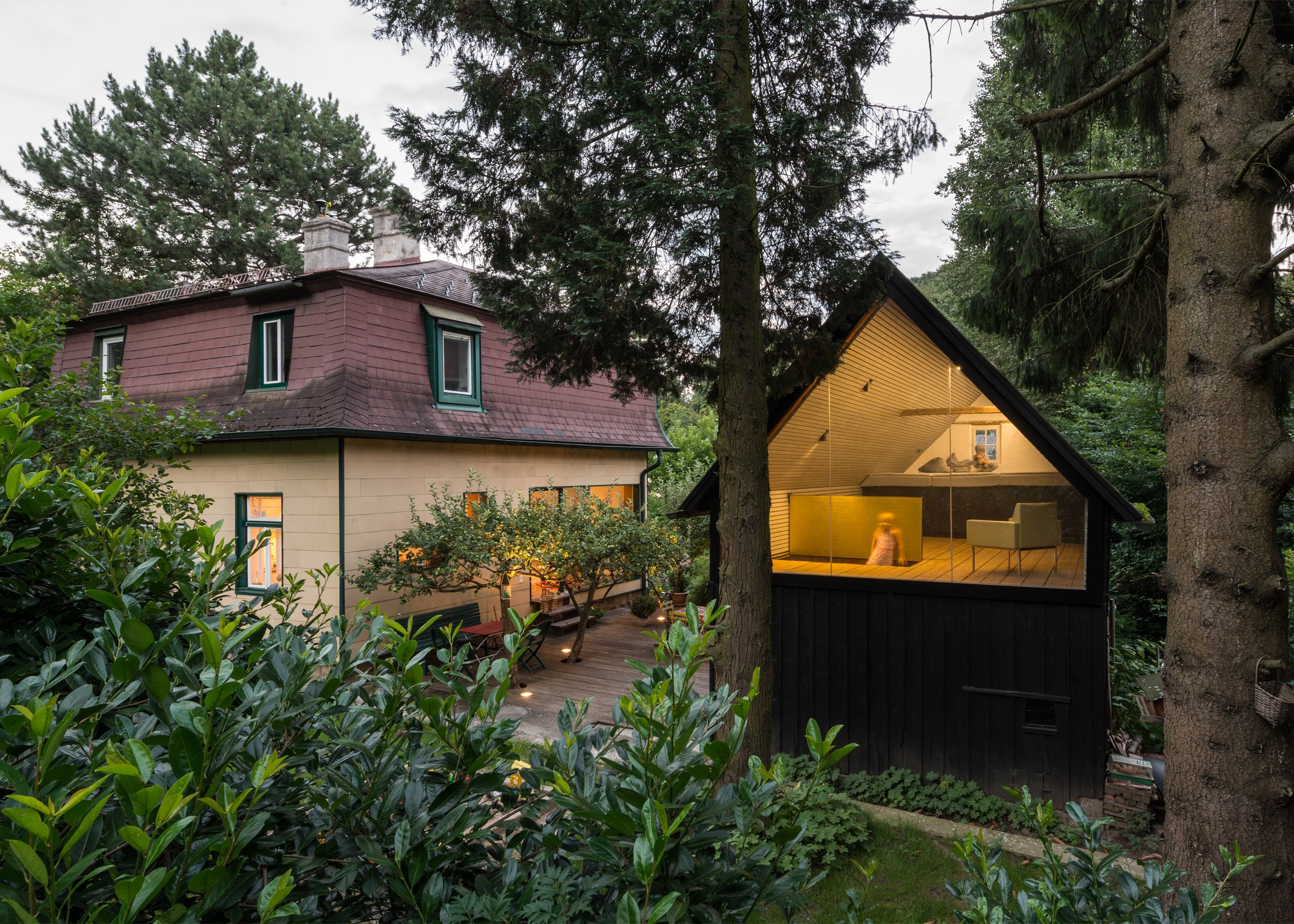 The Enchanted Shed by Sue Architekten