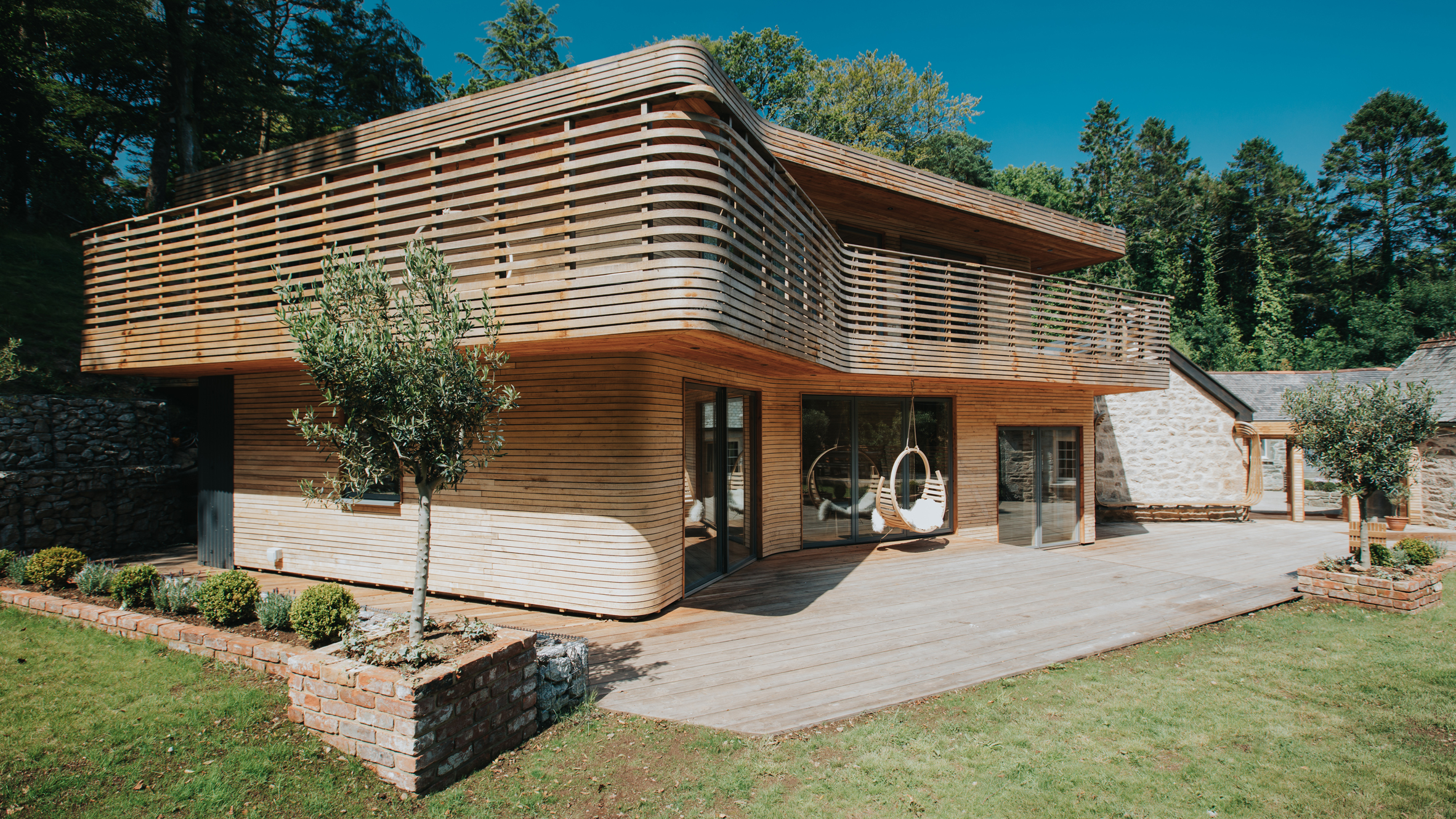Steambent house by Tom Raffield