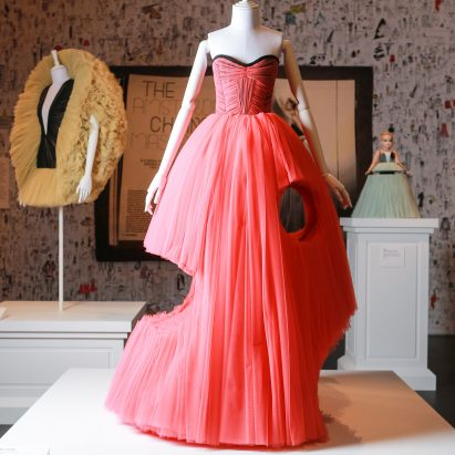 viktor-and-rolf-haute-couture-fashion-exhibition-national-gallery-of-victoria-melbourne-austrailia_dezeen_sqd