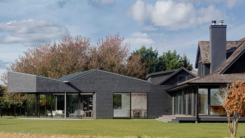 Watermill House by Desai Chia Architecture