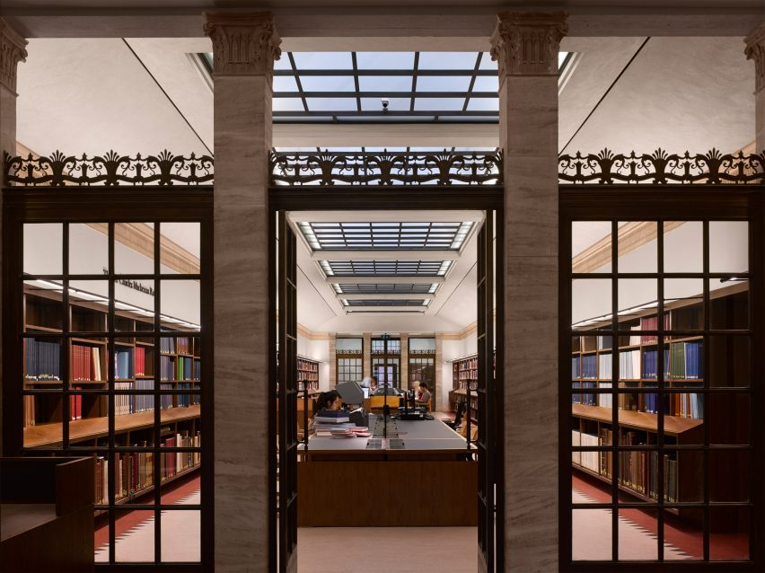 weston-library-wilkinson-eyre-architecture-education-university-of-oxford-uk_dezeen_2364_col_2