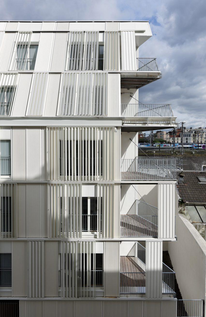 10-housing-units-castagnary-dfa-architecture-_dezeen_2364_col_3