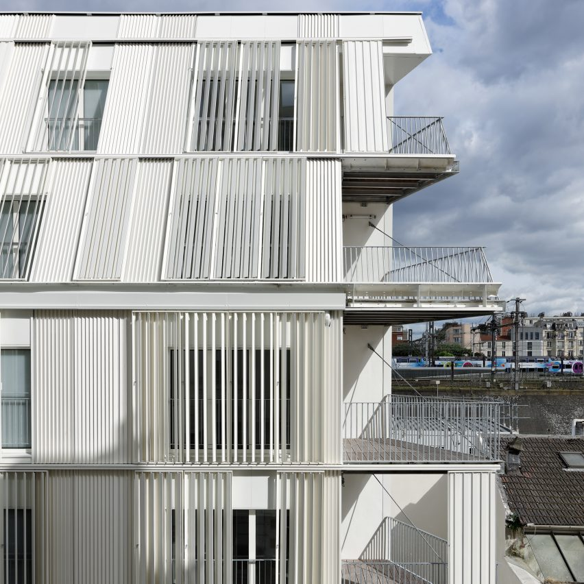 10-housing-units-castagnary-dfa-architecture-_dezeen_sq